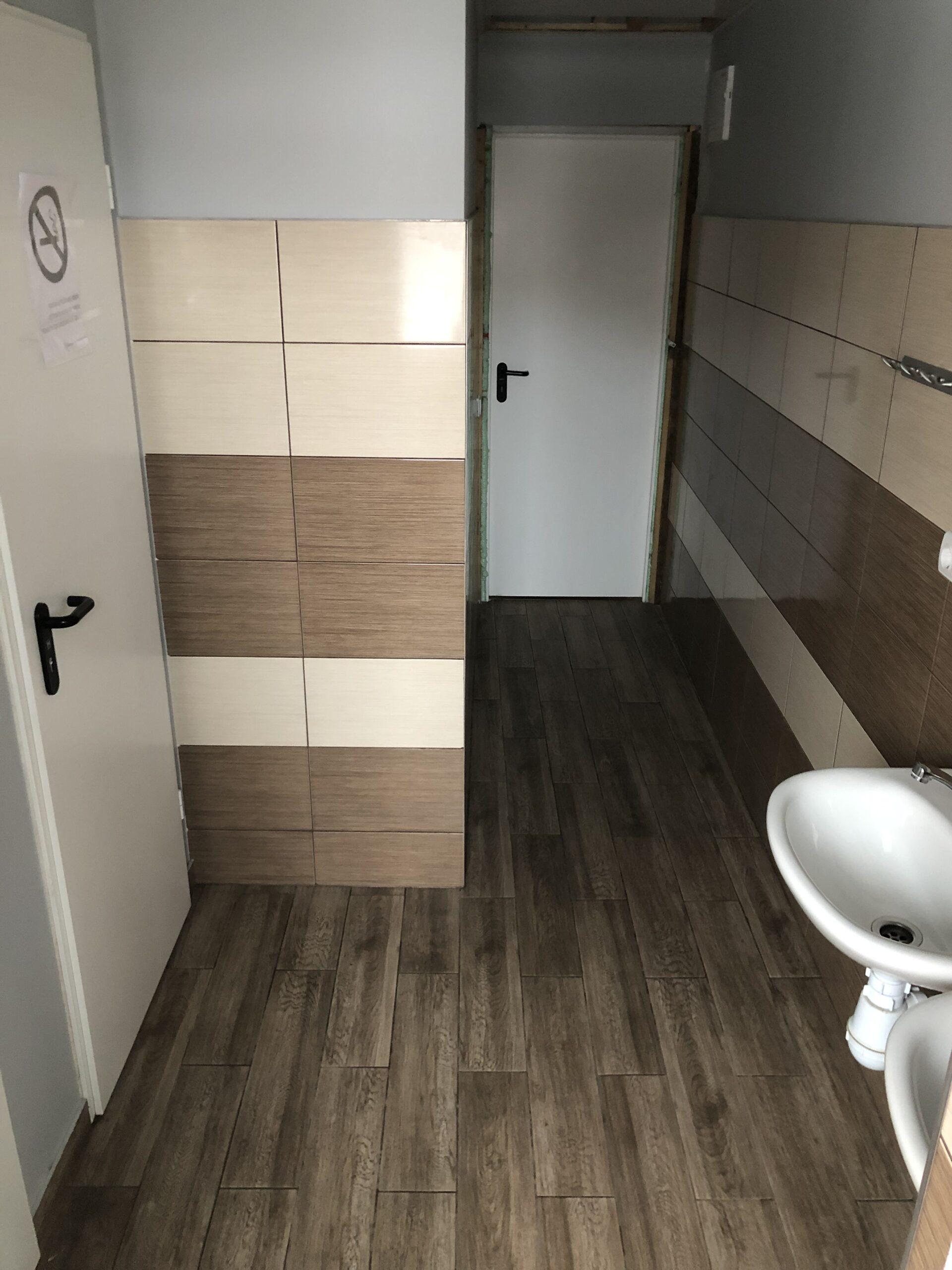 Bendras dušas ir tualetai (3)